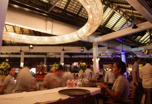 Khmer bar_night