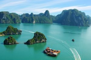 Ha Long Bay, Vietnam_600x394