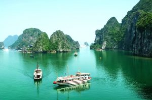 Halong Bay_Vietnam700x459