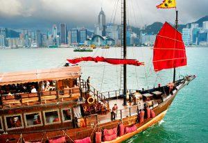 Hong Kong junk700x480