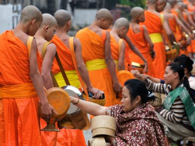 Laos_activity_700x459