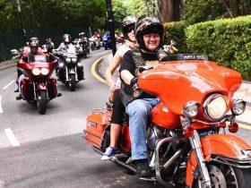 The Harley convoy
